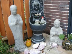 boeddha plekje in de tuin